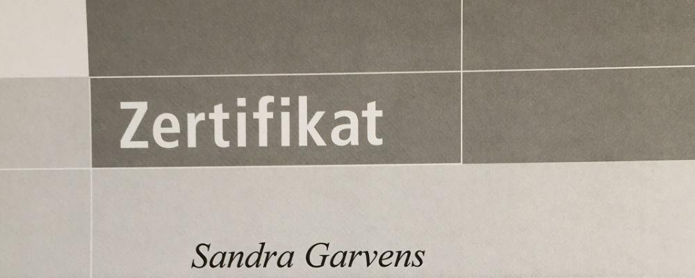 Sandra Garvens bildet sich bei Corporate Color weiter